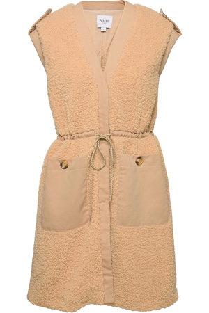 Saint Tropez Heidisz Vest Vests Knitted Vests Creme