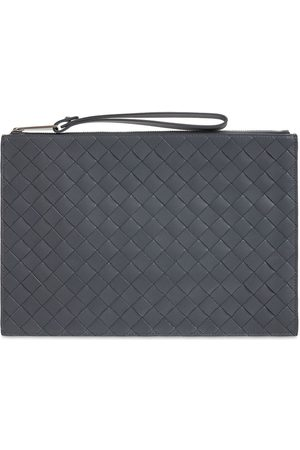 Bottega Veneta Herre Clutches - Medium Intrecciato 1.5 Leather Zip Pouch