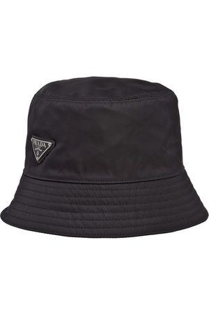 Prada Herre Hatter - Re-Nylon logo bucket hat
