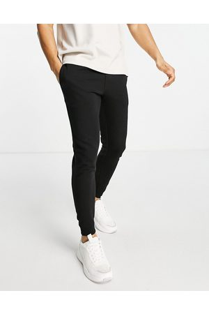 Burton Muscle fit joggers in black