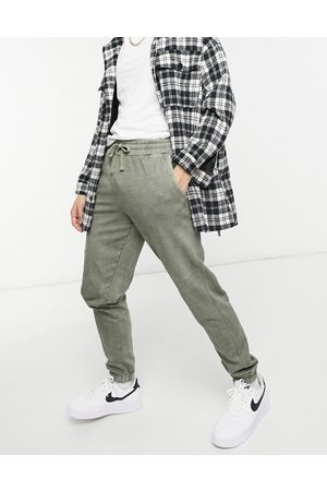 New Look Washed jogger in light khaki-Green