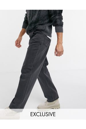 Reclaimed Inspired 90's baggy jean in washed black