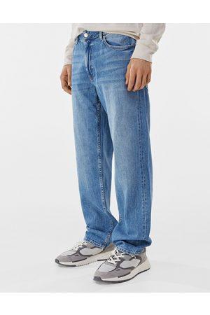 Bershka 90's fit jeans in mid blue