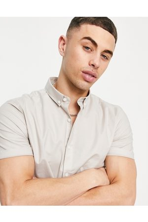 New Look Short sleeve muscle fit oxford in stone-Neutral