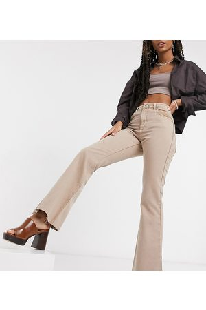 Reclaimed Inspired '99 flare jean in washed sand-Neutral