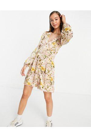 VILA Long sleeve playsuit in floral print-Multi
