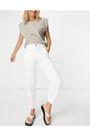 ONLY Troy tapered leg jeans with high waist in ecru-White