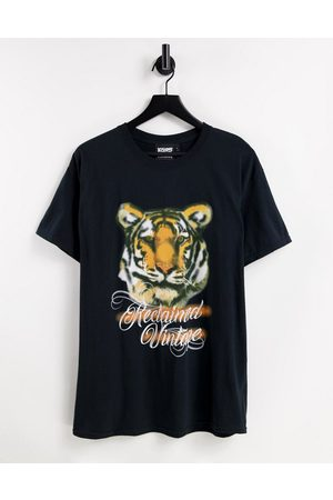Reclaimed Inspired unisex oversized t-shirt with y2k spray paint tiger graphic-Black