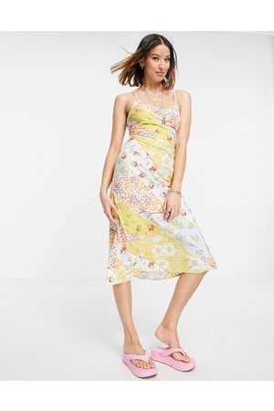 VIOLET ROMANCE Cami slip dress in mixed floral print-Multi