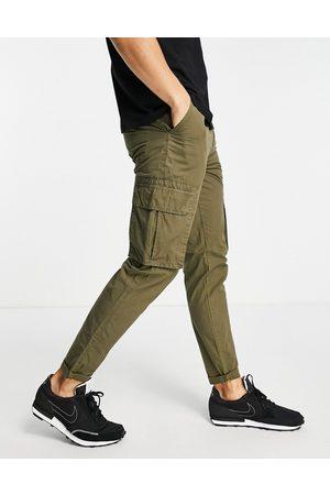 New Look Ripstop cargo trousers in dark khaki-Green