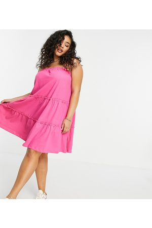 ASOS Dame Hverdagskjoler - Curve strappy sundress with tiered frill detail in hot pink