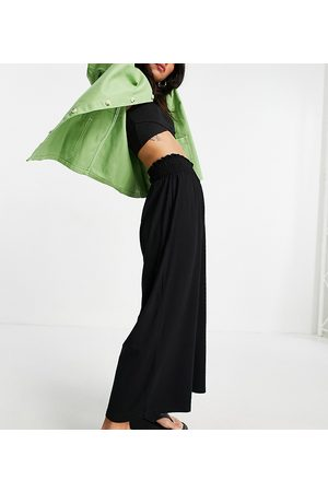 ASOS ASOS DESIGN Petite culotte trouser with shirred waist in black