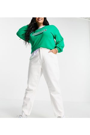 Noisy May Oversized Mom jeans in white