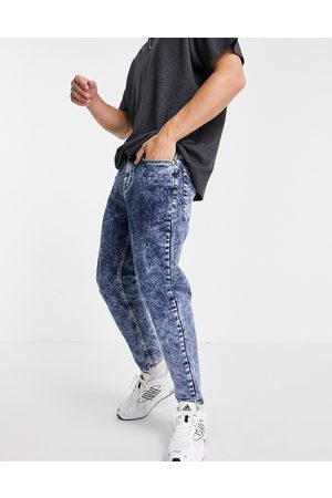 New Look Tapered jeans in acid wash blue
