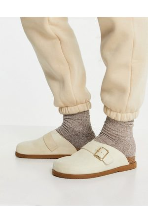 Schuh Valencia leather suede clogs in sand-Neutral
