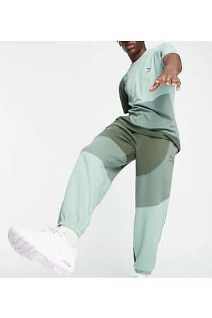 PUMA Herre Joggebukser - Convey joggers in green colorblock exclusive to ASOS