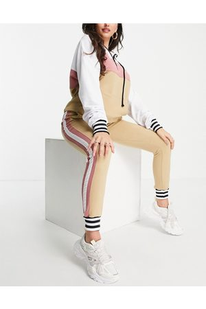 NaaNaa Premium smart tracksuit set in stone and pink-Multi