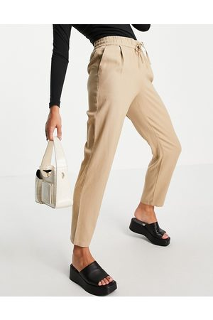 VERO MODA Cropped tapered trousers in -Neutral