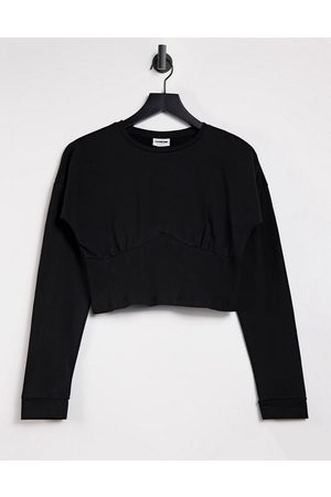Noisy May Dame Kortermede - Cropped seam detail t-shirt in black