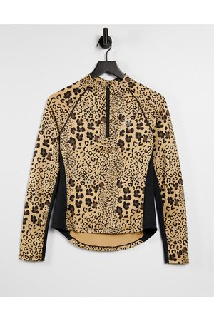 Pink Soda Sport diania fitness long sleeve top in leopard print-Multi
