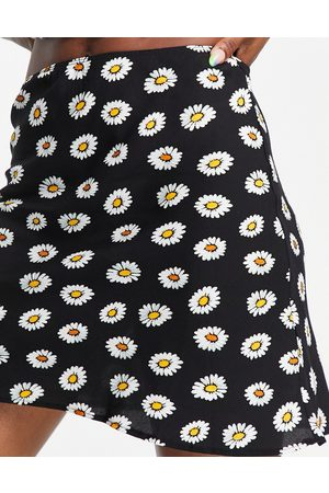 ASOS Mini skirt in daisy print-Multi