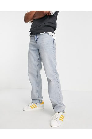 ASOS Relaxed jeans in light wash-Blue
