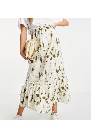 Mama Licious Mamalicious midi skirt in print-Multi
