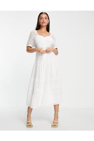 ASOS Dame Midikjoler - Soft sweetheart neck button through midi dress with lace inserts in white