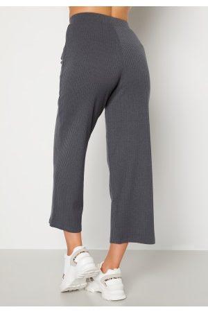 Happy Holly Dame Bukser - Ruby cropped pants Dark grey melange 48/50