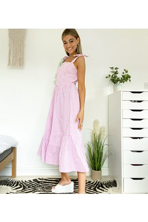 Native Youth Dame Maxikjoler - Maxi smock dress with full skirt in gingham-Purple