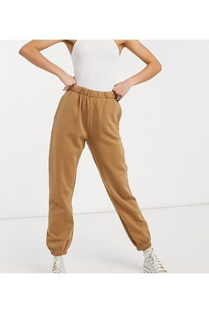ONLY Jogger co-ord in tan-Neutral