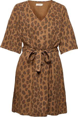 Cream Crhannelore Dress Knelang Kjole Brun