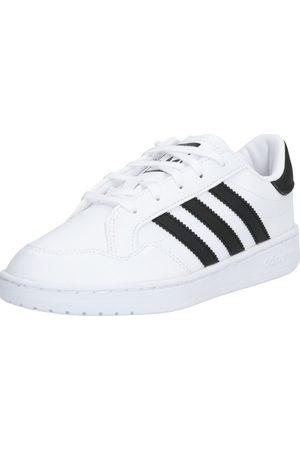 adidas Sneaker 'TEAM COURT
