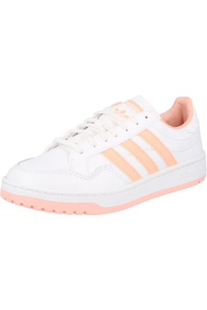 adidas Sneaker low 'Team Court