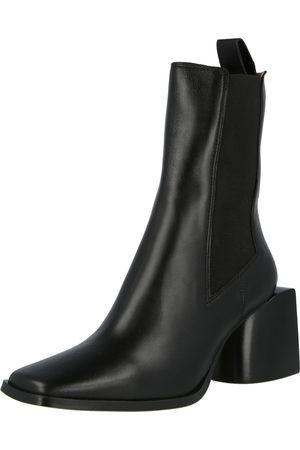 Royal RepubliQ Chelsea Boots 'Luna