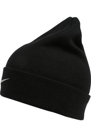 Nike Lue