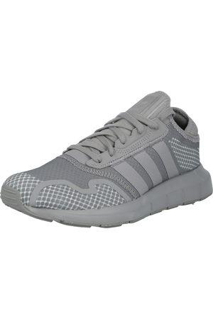 adidas Sneaker low 'Swift