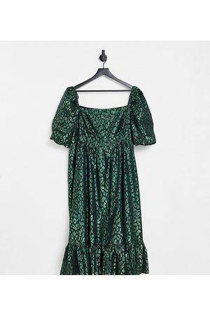 Collective the Label Curve Puff sleeve jacquard midi dress in emerald green