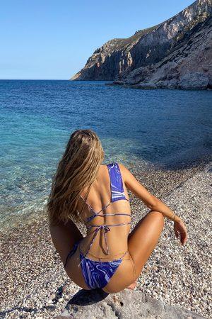 NA-KD Dame Bikinier - Resirkulert Bikinioverdel Med En Asymmetrisk Stroppdetalj