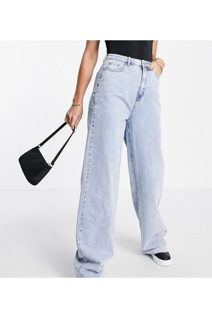 Missguided Dame Wide Leg - Recycled wide leg jean with raw hem in bleached blue