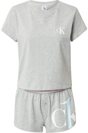 Calvin Klein Shorty