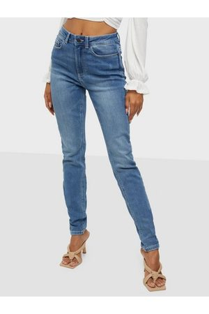 Noisy May Dame High waist - Nmcallie Hw Chic Jeans VI128MB S