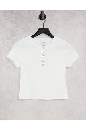Lost Ink Dame Kortermede - Slim fit ribbed t-shirt in white