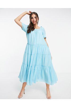 Forever New Dame Hverdagskjoler - Tiered volume sleeve smock midi dress in bright blue