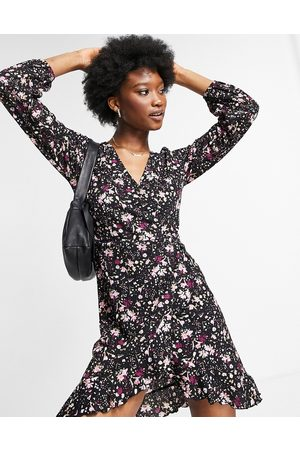 ONLY Zille floral print wrap mini dress in lilac-Multi