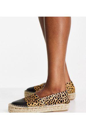 Solillas Solilas Exclusive leopard effect flatform espadrilles with black toe cap-Multi