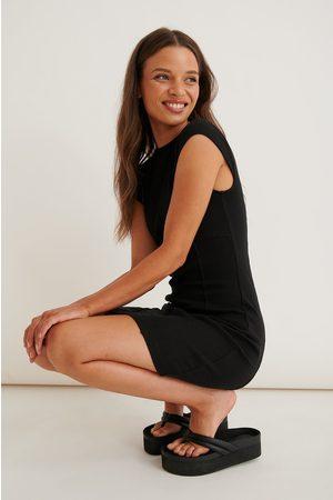 NA-KD Dame Bodycon kjoler - Minikjole Med Kontrastsøm