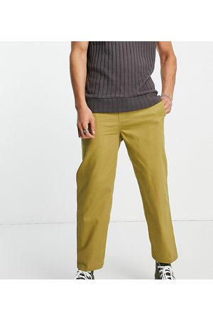 COLLUSION Skater fit trousers in khaki twill-Green