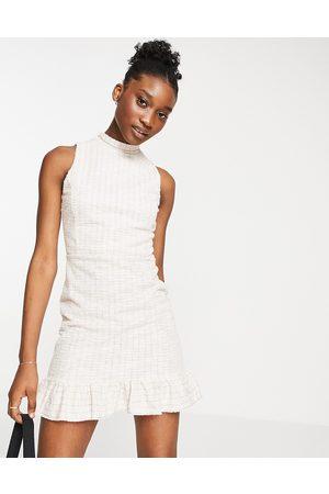 Miss Selfridge Dame Hverdagskjoler - Boucle pinny dress in cream-White