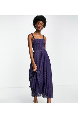 ASOS Tall ASOS DESIGN Tall elasticated tie back pleated midi dress in navy